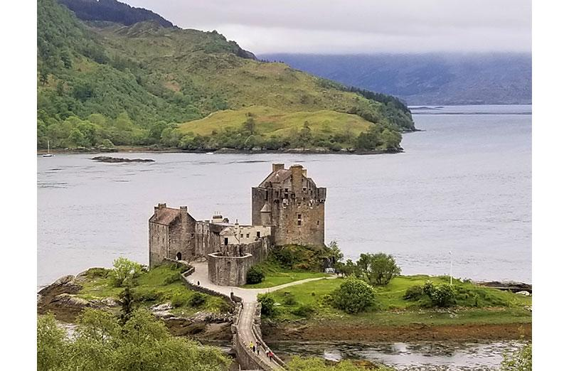 Photo of castle on lake