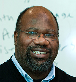 Derrick Willis, Professor